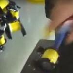 Chiński pracownik fabryki - pobiłrekord prędkości!