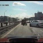 Motocykliści kontra samochód