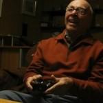 84-letni dziadek gra w strzelanki!