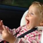 Reakcja dzieciaków na przyspieszenie 550-konnego Nissana GTR
