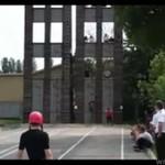 Zawody strażackie - bieg z drabinami