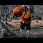 Gruby Fruit Ninja w prawdziwym świecie!