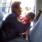 Policjantka ratuje życie dziecku - PIĘKNE!