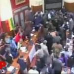 Zamieszki w boliwijskim parlamencie!
