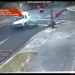 Kurier wpadł pod samochód - DRASTYCZNE!