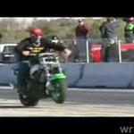 Kompilacja wypadków i akrobacji motocyklowych