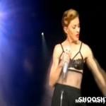 Madonna pokazała sutek!
