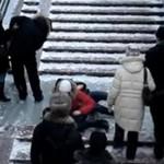 Ekstremalnie oblodzone schody
