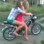 Kumpelki na motorynce