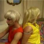 Jak Drag Queens bawią się przy muzyce Paris Hilton?