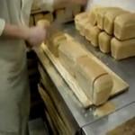 Krojenie chleba - tak to robią zawodowcy!
