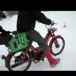 Na rowerze przez jezioro - LODOWATA KĄPIEL!