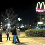 Bójka pod McDonaldem
