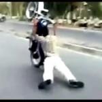 Popisy motocyklowe - bez kasku, bez zabezpieczenia