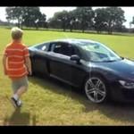 Dzieciak driftuje pięknym Audi!