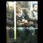 Przyjacielska panienka w metrze