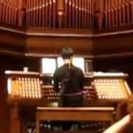 Popularne melodie, odegrane na organach kościelnych