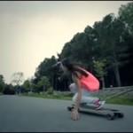Dziewczyny na longboardzie