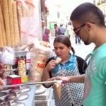 Tureckie lody - sprzedawca drażni ludzi!