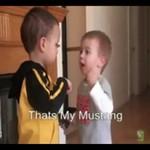 Dzieciaki kłócą się o Mustanga