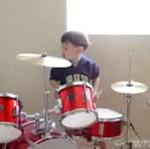 Dzieciak- perkusista! Dobry jest?