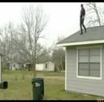Skok z dachu do śmietnika - HA, HA, HA!