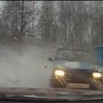 Zimowy drifting - zmiotło go jak huragan!