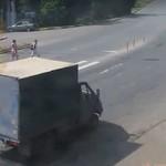 Dwaj chamscy kierowcy