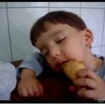 Zbyt zmęczony, by skończyć jeść