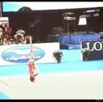 Niezwykły taniec gimnastyczki - WOW!