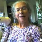 Straszna babka i jej pokręcona papuga
