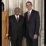 Dyżurny uśmiech Obamy - CELNE SPOSTRZEŻENIE!