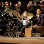 Trzylatek gra koncerty z filharmonią!