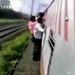 Pechowy pasażer na gapę...