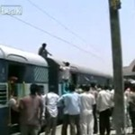 Dlaczego lepiej nie chodzić po dachu pociągu?