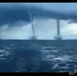 Podwójne tornado morskie