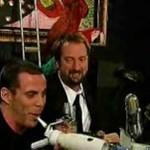 """Steve-O rapuje i """"pije"""" cytrynę okiem!"""