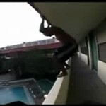 Skok do basenu - HARDKOR!