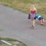 Pijane Rosjanki próbują wrócić do domu