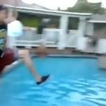 Skok do basenu - robisz to źle!