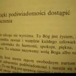 Obcokrajowiec czyta po polsku