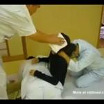 Japoński masaż - prawie skręcili jej kark!!!