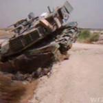 Czołg zakopany w błocie