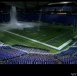 Dach stadionu ZAWALIŁ SIĘ pod ciężarem śniegu!