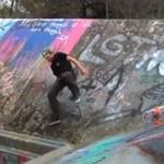 Skater zaliczył wpadkę życia!