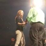 Oświadczył się dziewczynie na koncercie Timberlake'a!