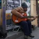 Bezdomny obdarzony ogromnym talentem!