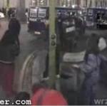 Hiszpański policjant uderzył kobietę