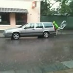 Czy to auto jest NIEWIDZIALNE!?