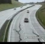 Trzęsienie ziemi na autostradzie - STRASZNE!